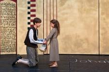 <h5>Marc Laade mit Greta</h5><p>2014 © Burgfestspiele Jagsthausen</p>